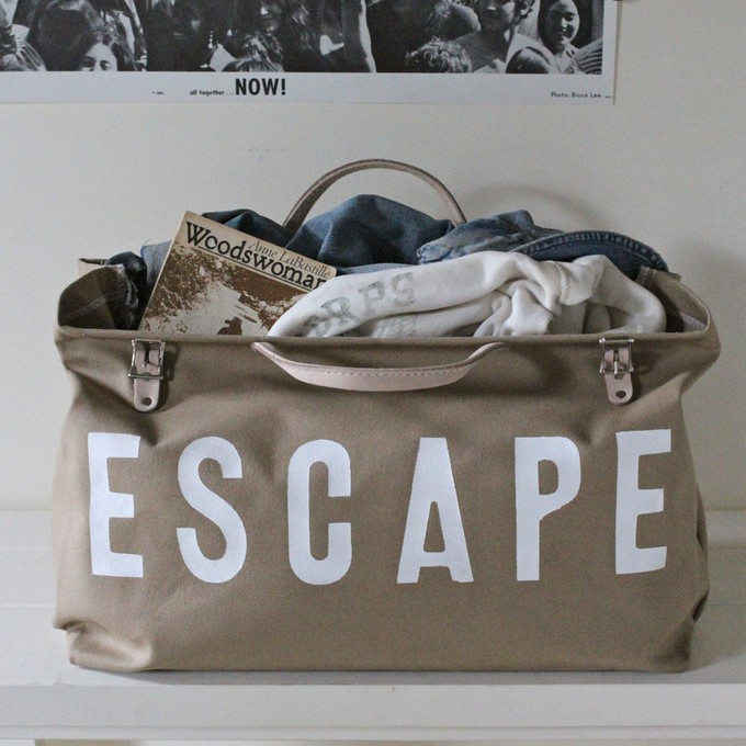 ESCAPE Canvas Utility Bag